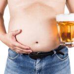 ¿Dejar de beber alcohol adelgaza? ¿Realmente funciona?