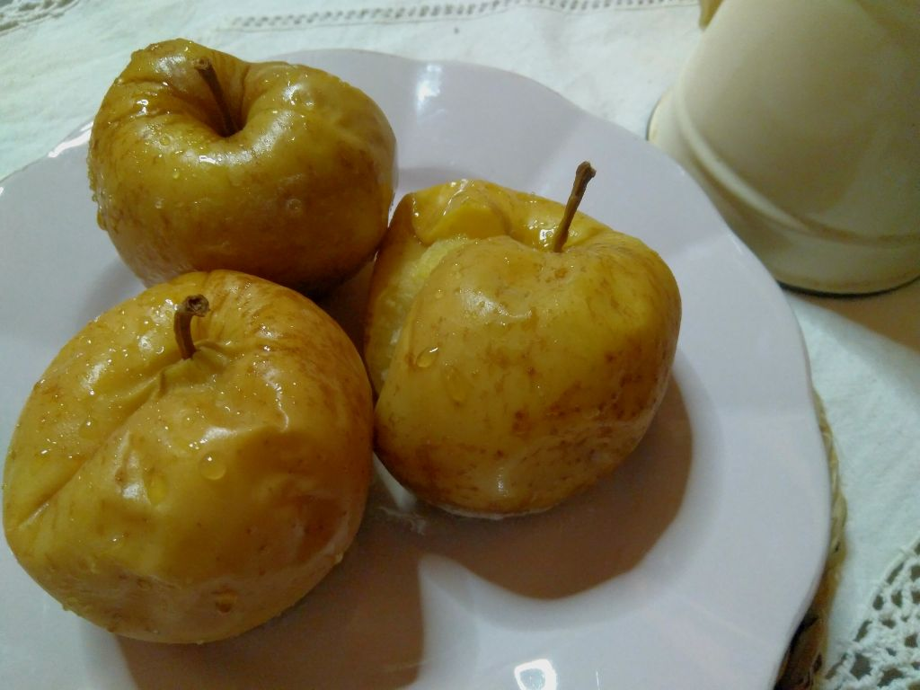 la-manzana-asada-engorda-6.jpg