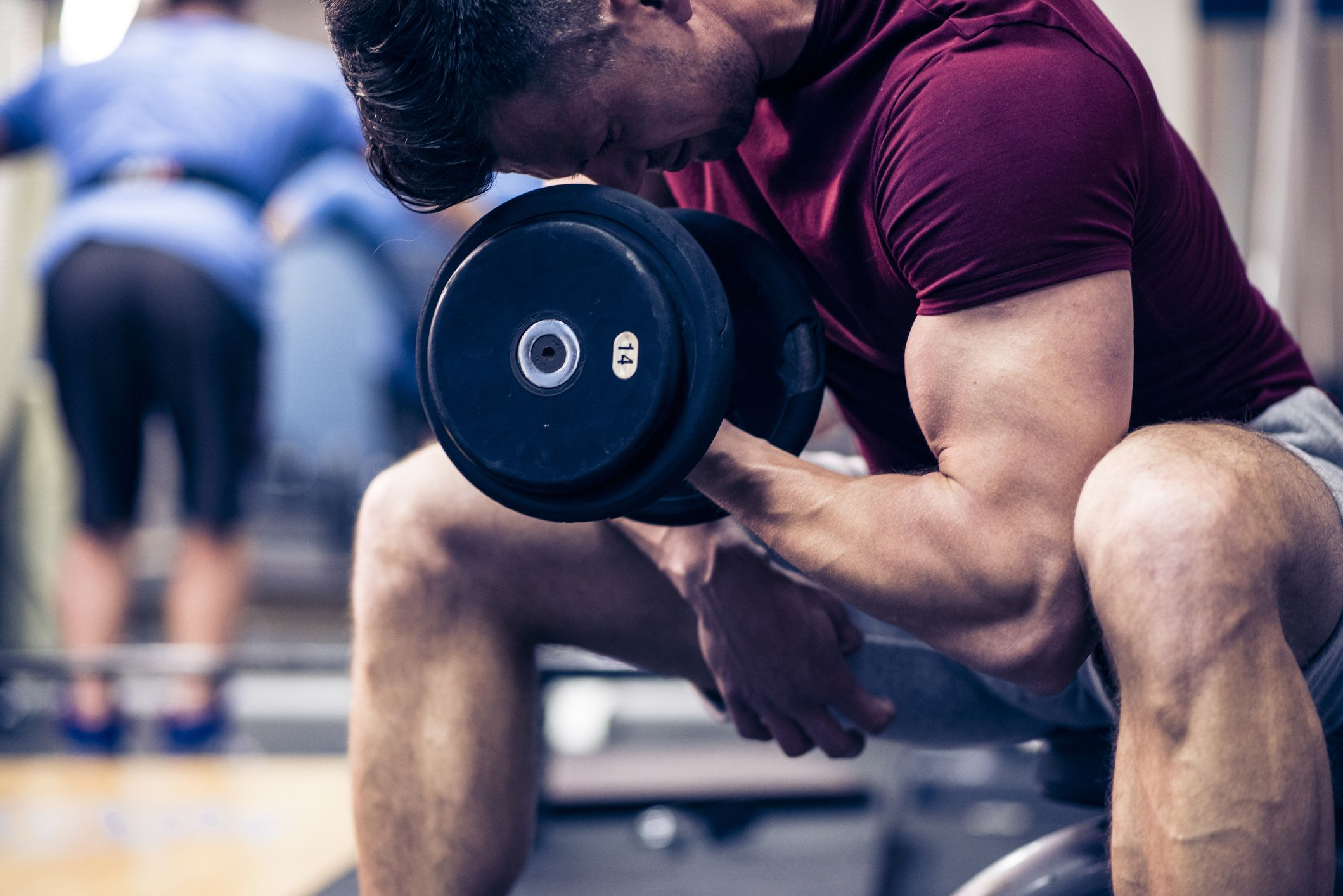 Ejercicios-de-Bíceps-para-aumentar-volumen-1